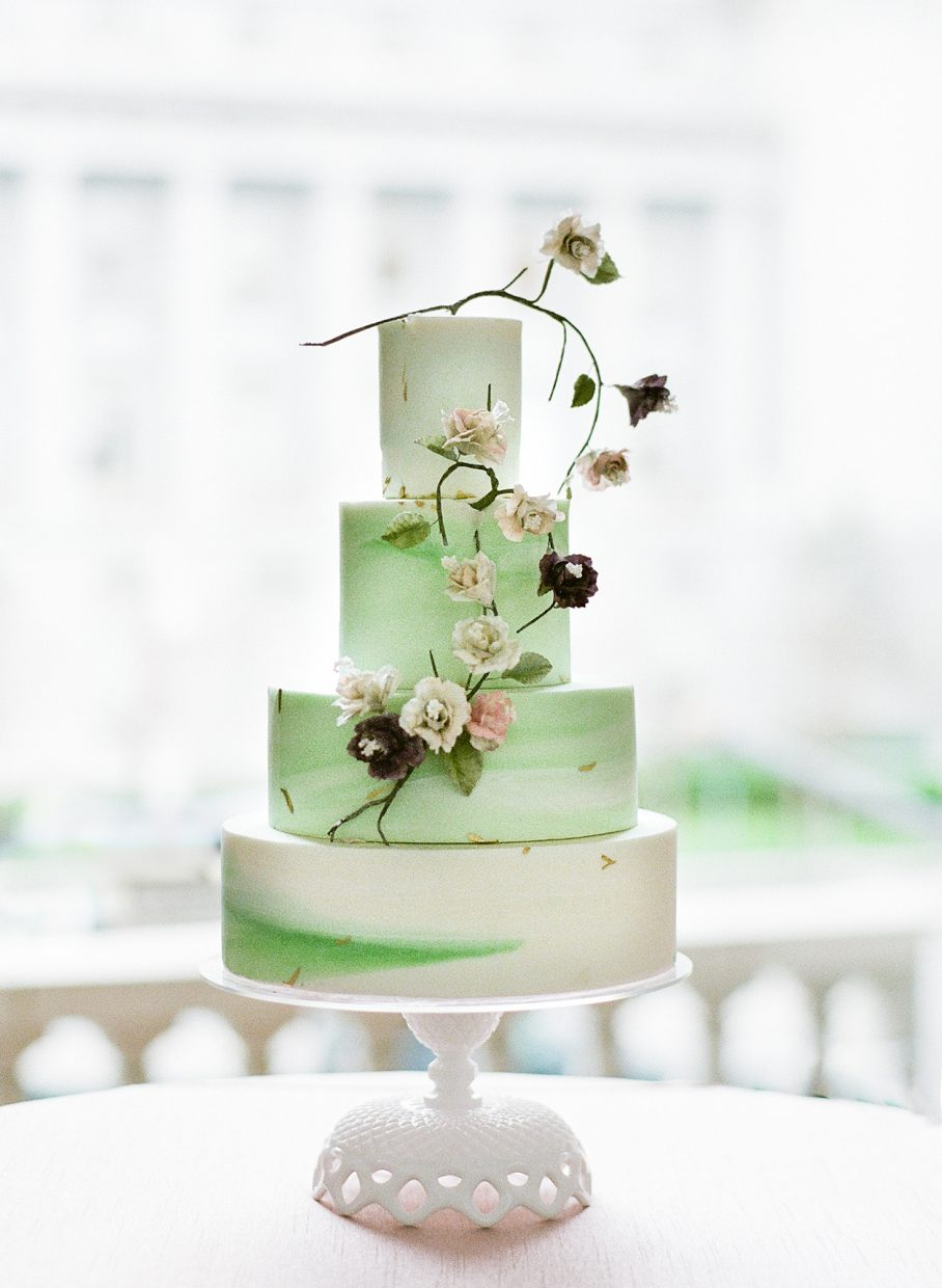 Green Wedding cake by A Spoon Full of Sugar