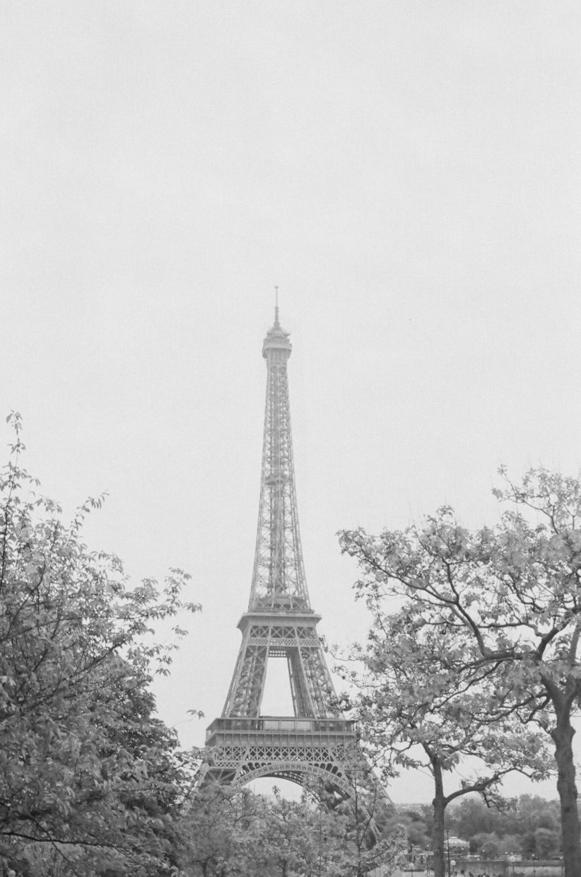 The Eiffel tower in Paris wedding engagement