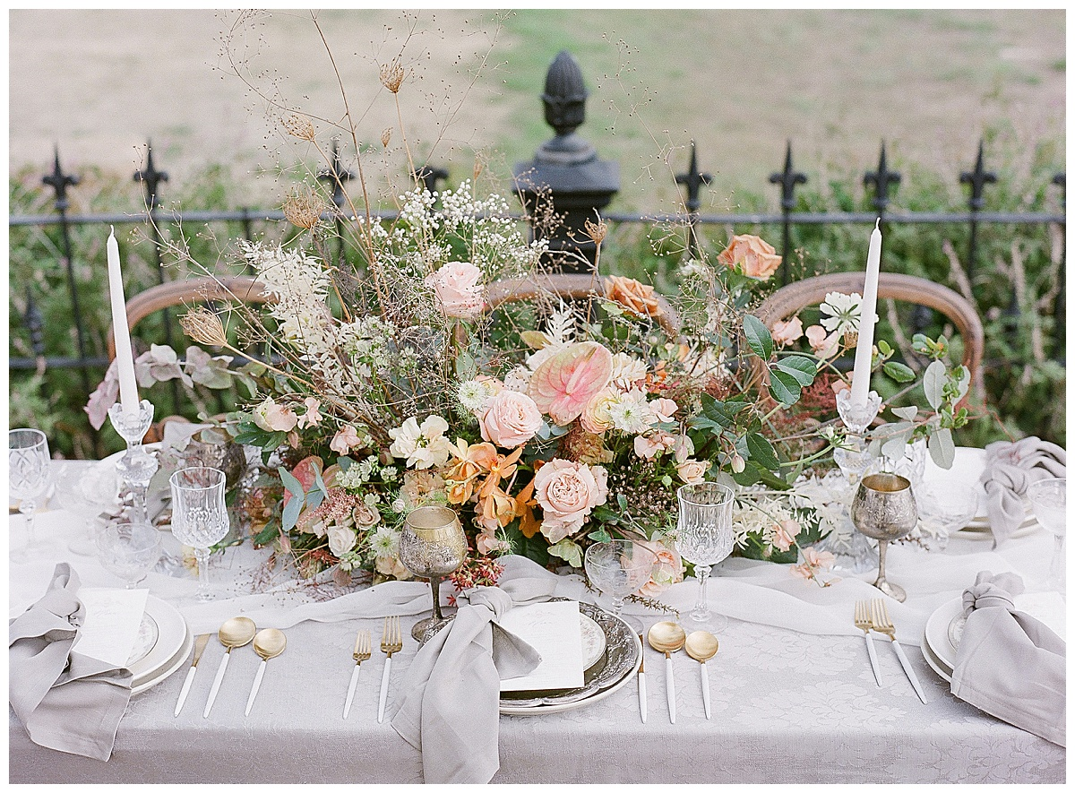 vintage inspired table floral design by Blue Daphne Events