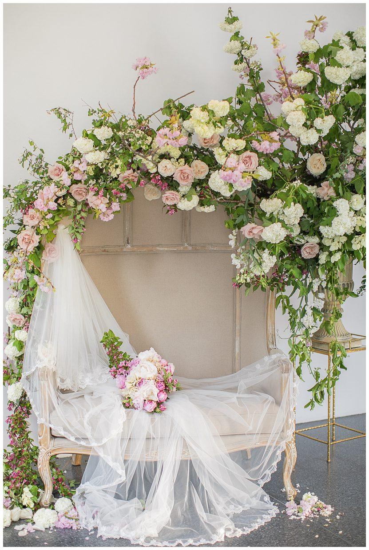 David Kimmel floral design in a wedding set